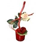Vase rond avec orchidé