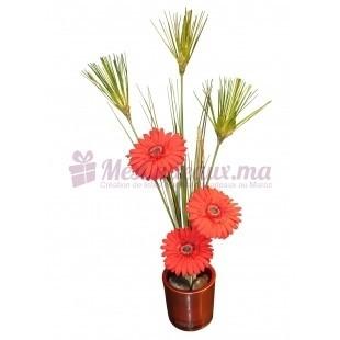 Vase rond avec gerbera