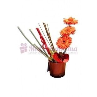 Vase Circulaire Avec Gerberas Et Feuilles D'Orchidées - Daniele Roche